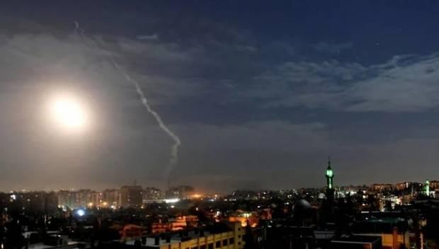 Israel Lancarkan Serangan Udara, 11 Pejuang Suriah Tewas